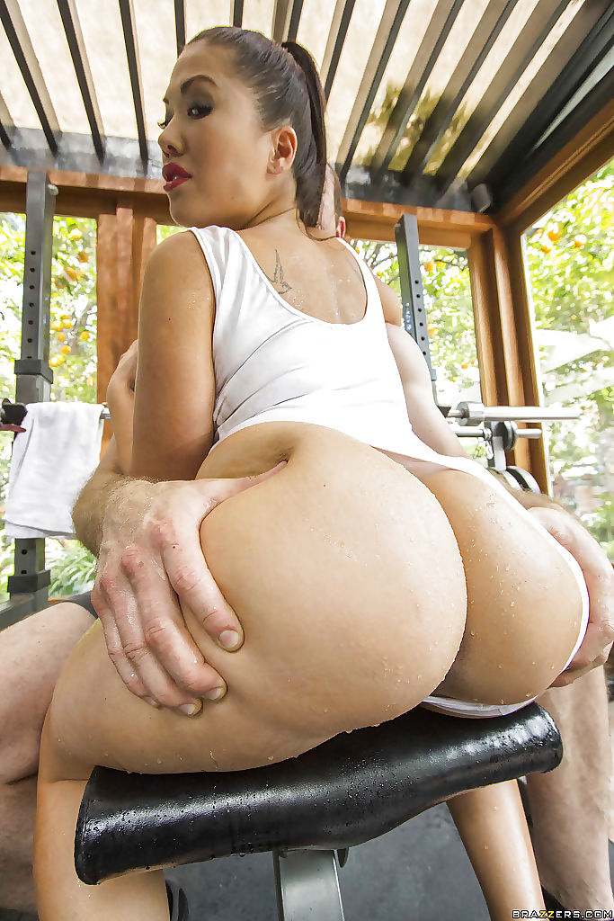 Adorable Japanese London Keyes Is Drilled Hard 1