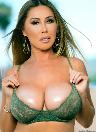 Succulent asian pornstar fucks her neighbor picture